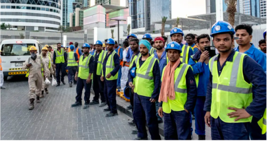 Tourism Workers in Dubai