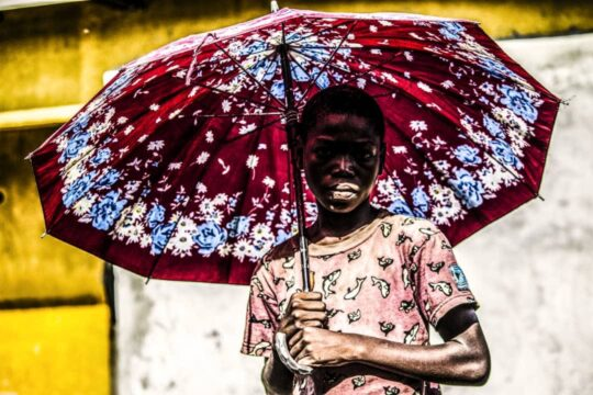 Rachel Malaika Nkumisongo: Le Garçon Au Parapluie Rouge, 2020